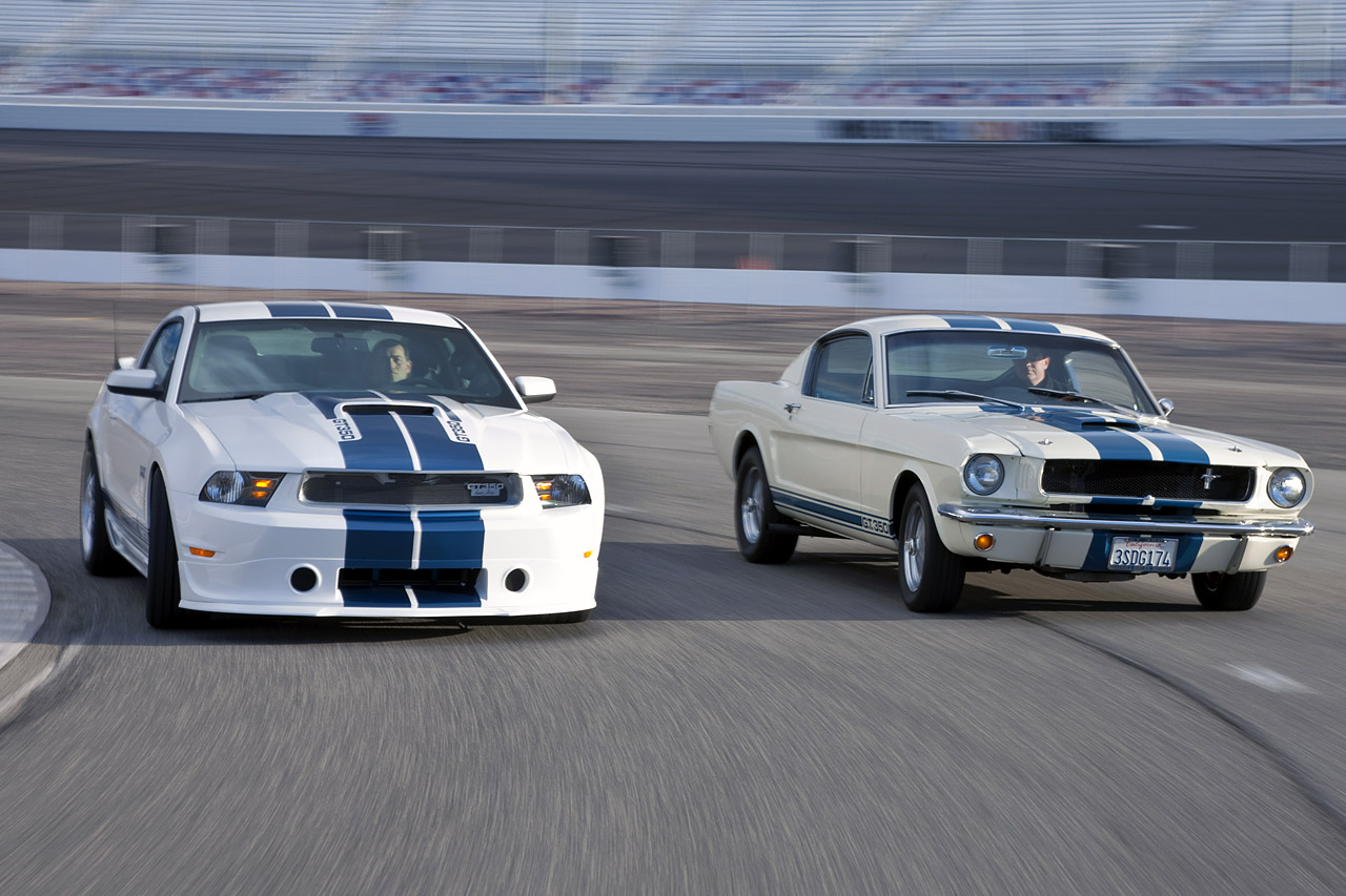 Ford Mustang 11 Shelby GT350